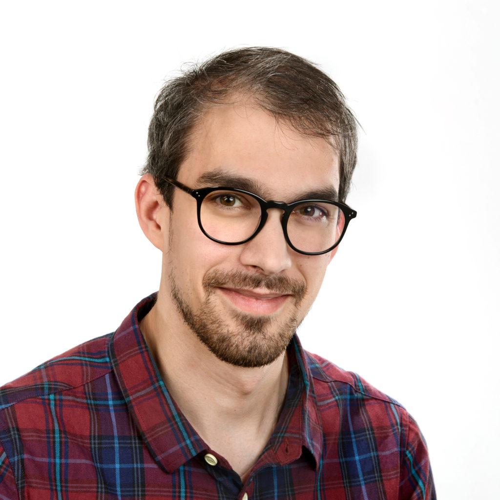 Ottó Bartók, člen týmu